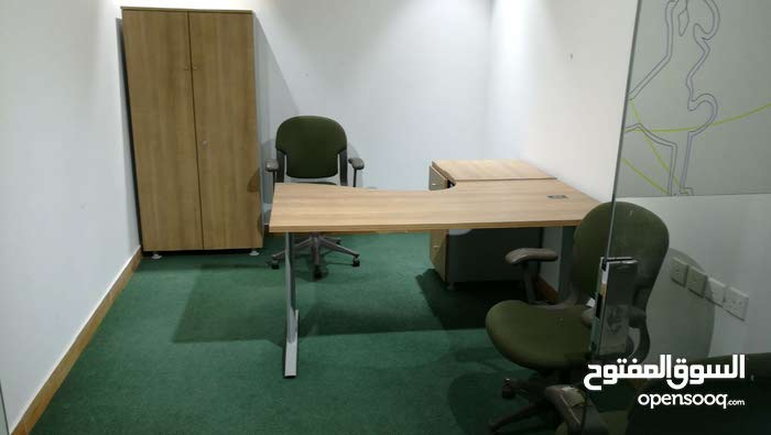Furnished offices for daily, monthly and annual rent.