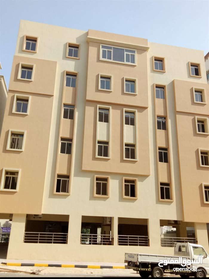 للايجار شقة بالنجمة 2 غرفه غير مفروشة للعائلات