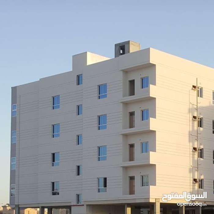 للبيع شقق تمليك في مدينة حمد المساحه 240