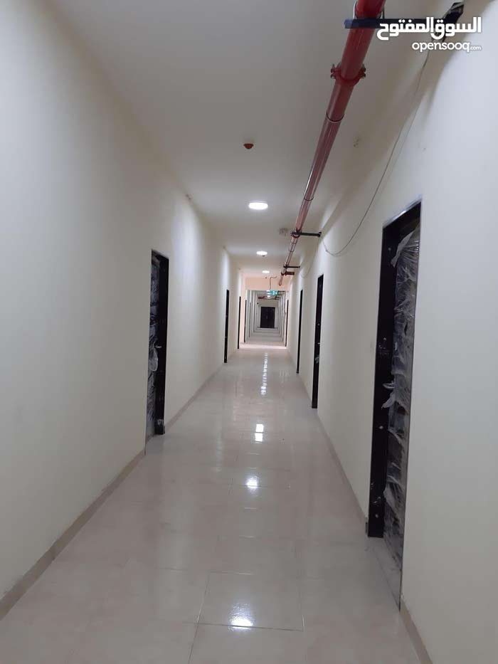 136 rooms in industrial atea