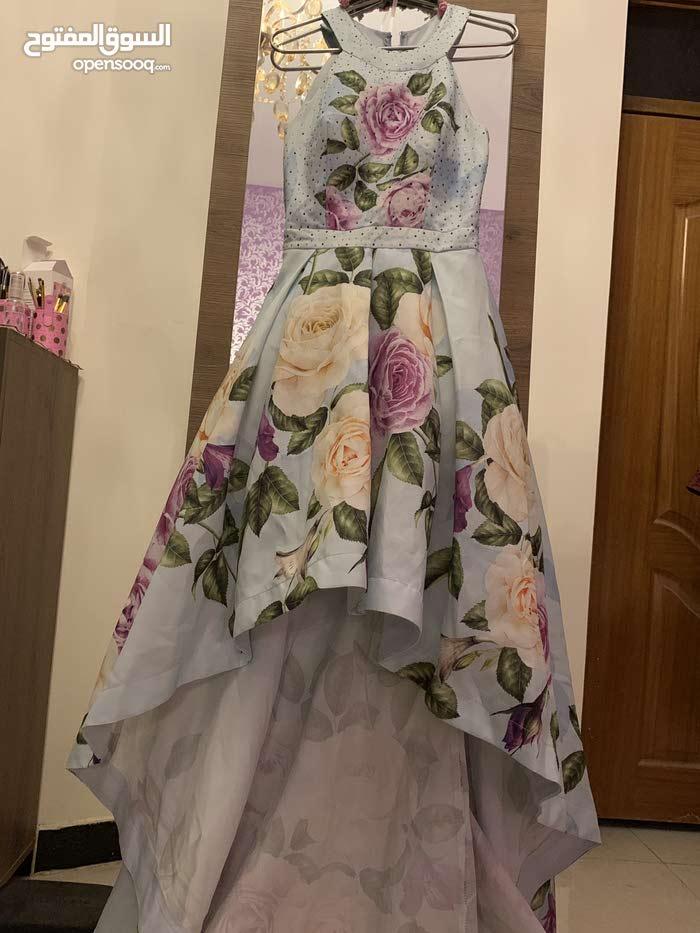 فستان مناسبات للبيع