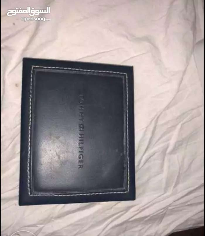 محفظة تومى اصلى بالعلبة