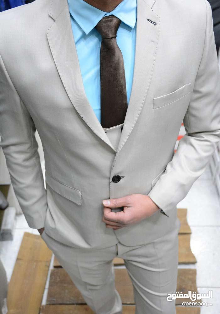 بدلة رسمي / حذاء رسمي