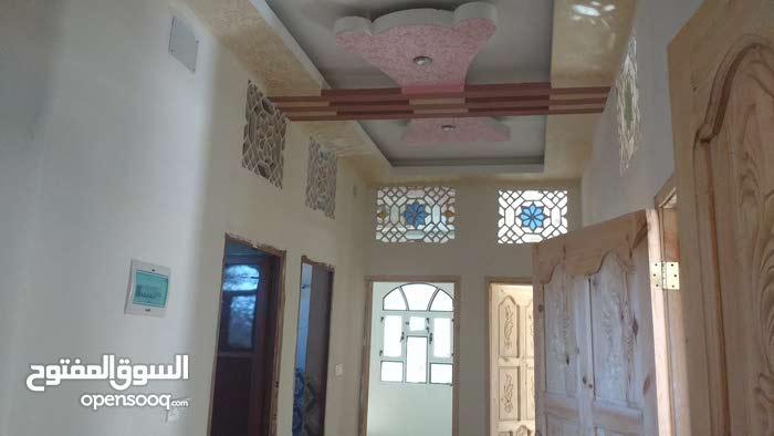 بيت مسلح للبيع 39مليون الموقع صنعاء بعد سواق دراس خط المطار الجديد