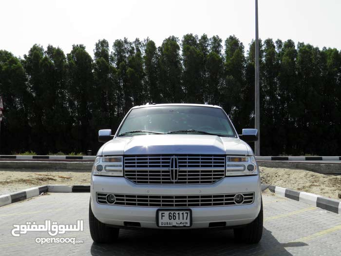 Lincoln Navigator for sale in Sharjah