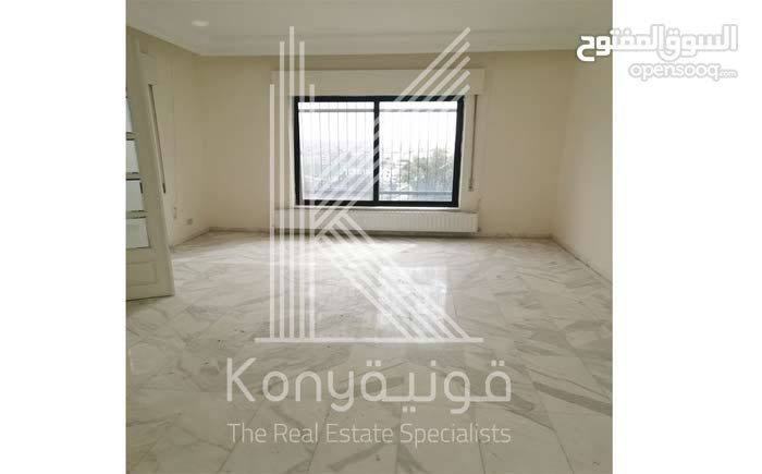 excellent finishing apartment for rent in Amman city - Jabal Amman