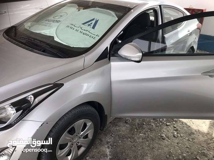 Used Hyundai Elantra in Dubai