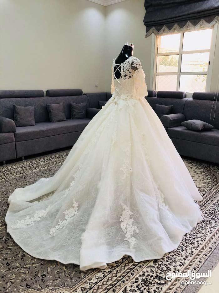 فستان عرس جديد للبيع اوالايجار