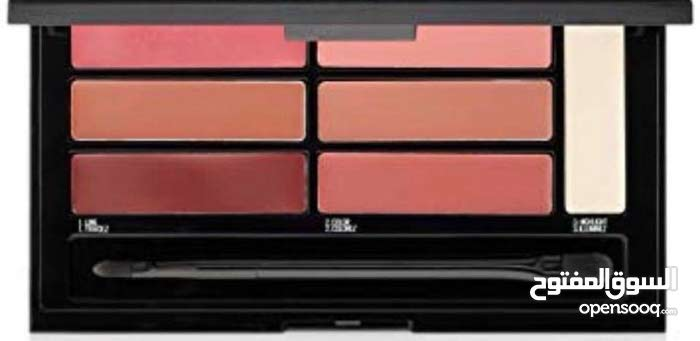 Maybelline Lip Contour Palette