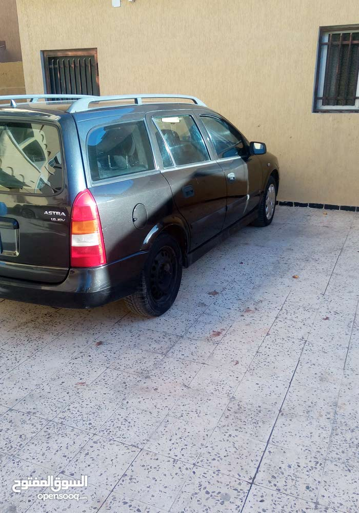 Opel Astra 2002 - Tripoli