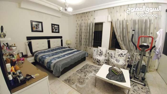 شقة ارضية للايجار الموقع عبدون
