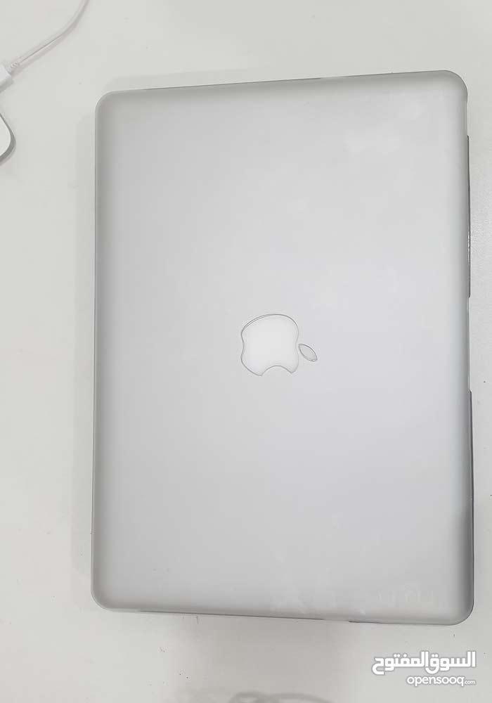 macbook pro like new 2011