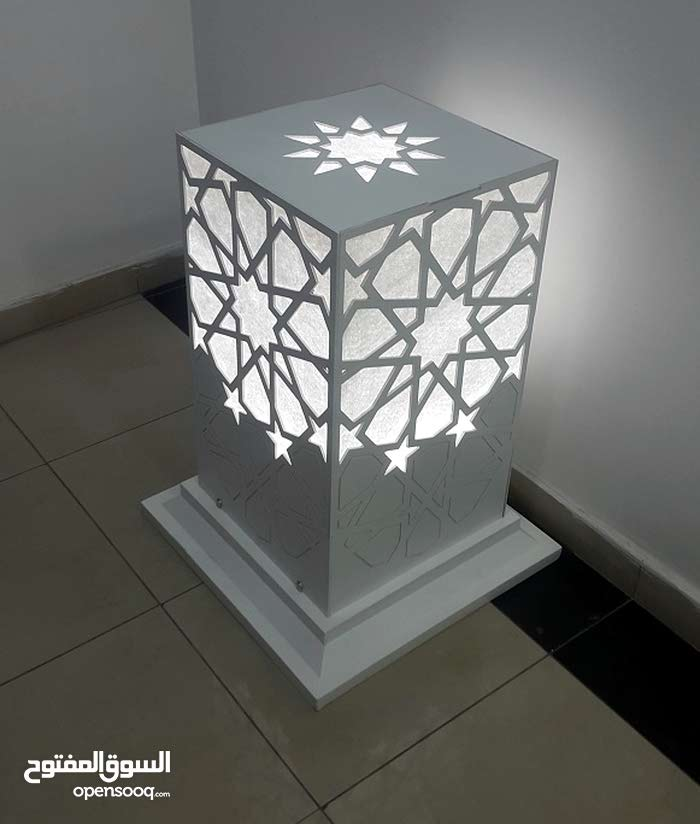 For sale New Lighting - Chandeliers - Table Lamps with special specs and additions