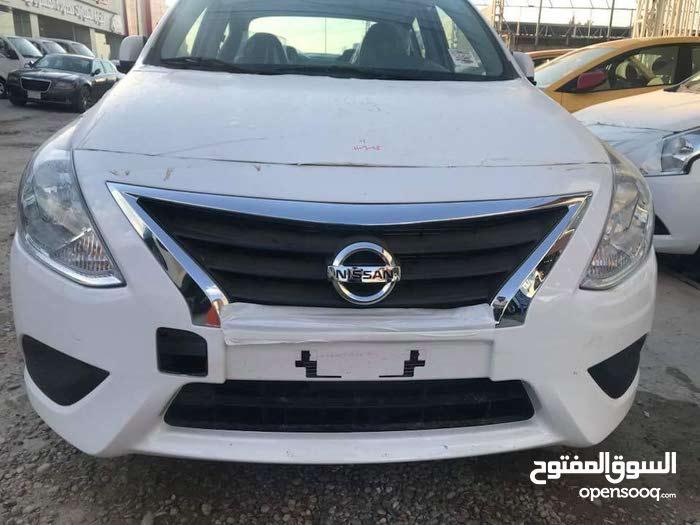 Nissan Sunny in Basra