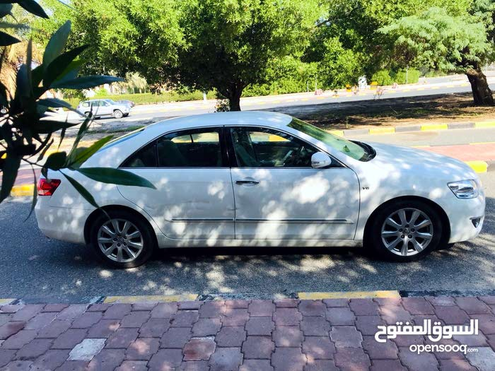 Used condition Toyota Aurion 2007 with +200,000 km mileage