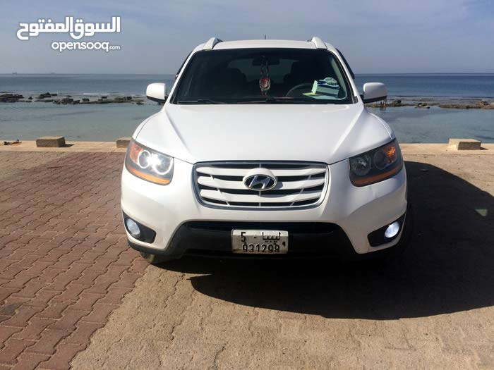 Used 2010 Hyundai Santa Fe for sale at best price