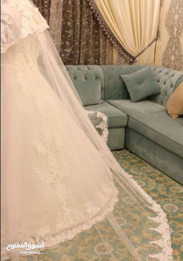 فستان عروس لبسه وحده شغل عالي الجوده