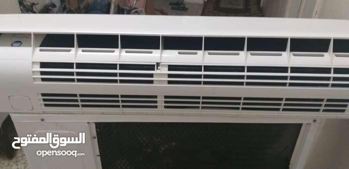 saijo denki split A.c 2.5ton good cooling condition