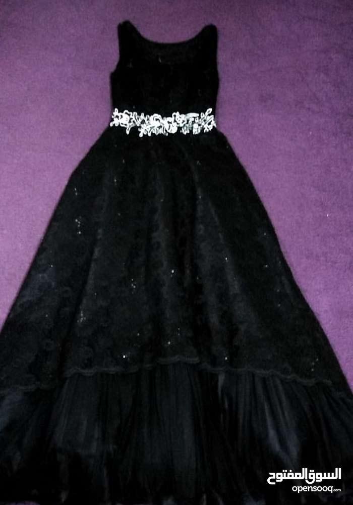 فستان سهرة دانتيل مع ستان موديل تركي قابل لخصم مبلغ بسيط