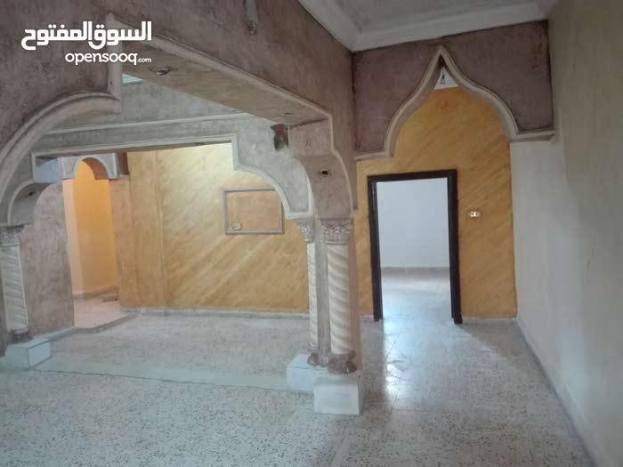 apartment for rent in SaltAl Khandaq