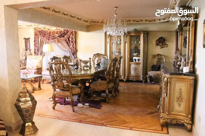 apartment area 250 sqm for sale