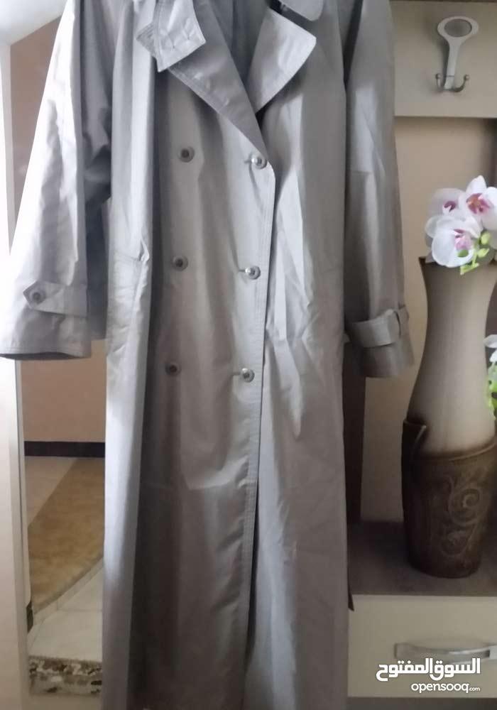 معطف مطر
