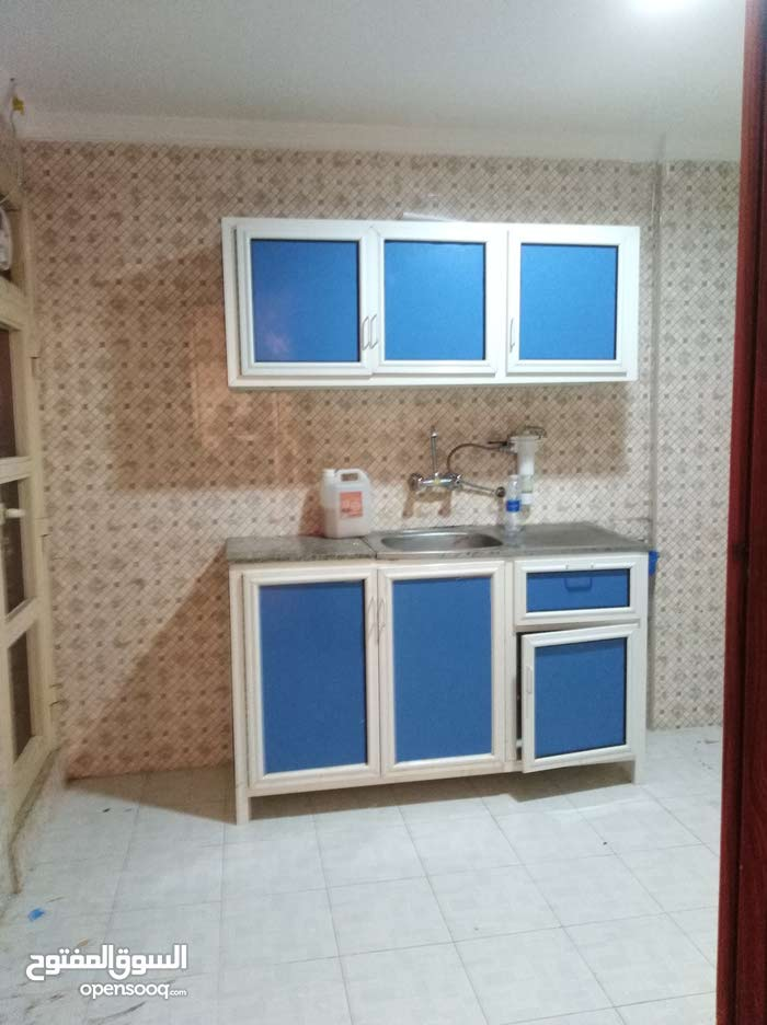Fourth Floor  apartment for rent with 2 rooms - Hawally city Salmiya