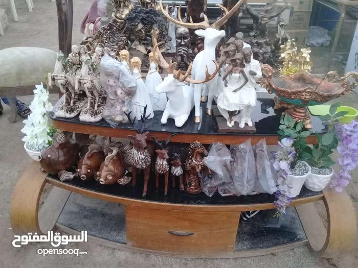 تم وصول وجبه جديده من التحفيات والمجسمات والمزهريات والورود إلى معرض سيد ناصر