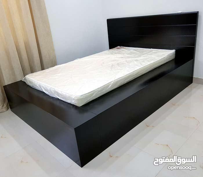 سرير نجارة بحرينية للبيع