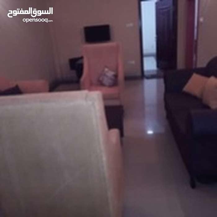 شقه مفروشه غرفتين ف الدور الاول في الطايف شارع السواحلي