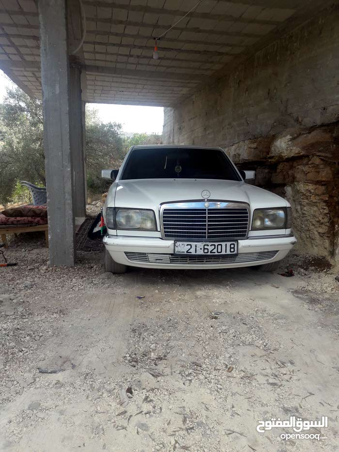 Best price! Mercedes Benz E 300 1982 for sale