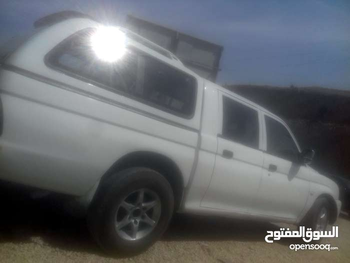 Mitsubishi Pickup 2001 - Used