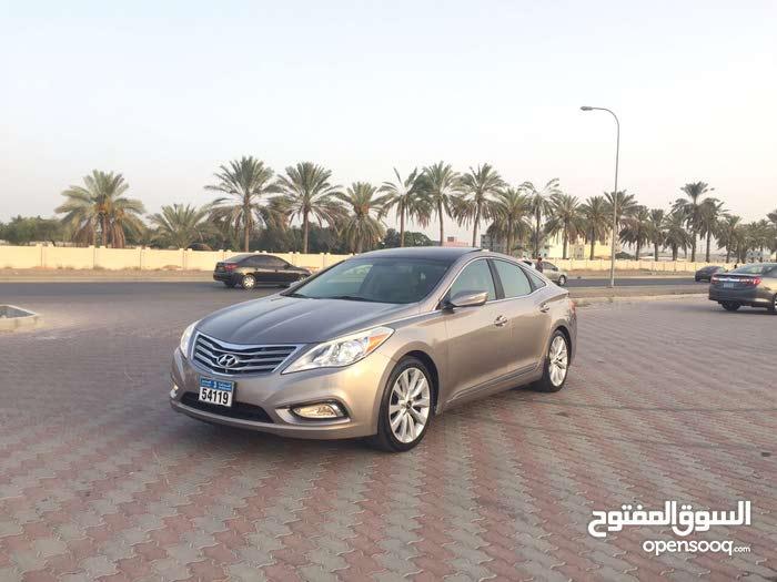 Hyundai Azera 2012 For sale - Gold color
