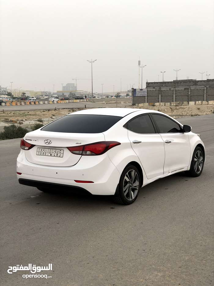 Hyundai Elantra 2014 For sale - White color