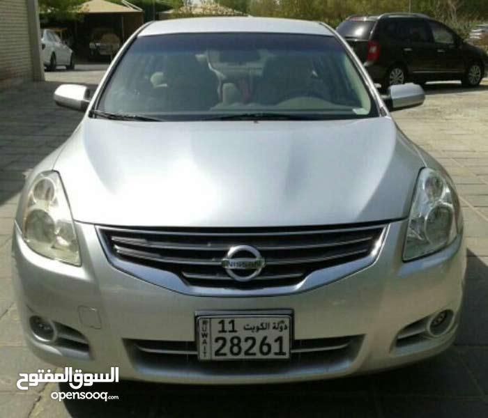 For sale 2012 Silver Altima
