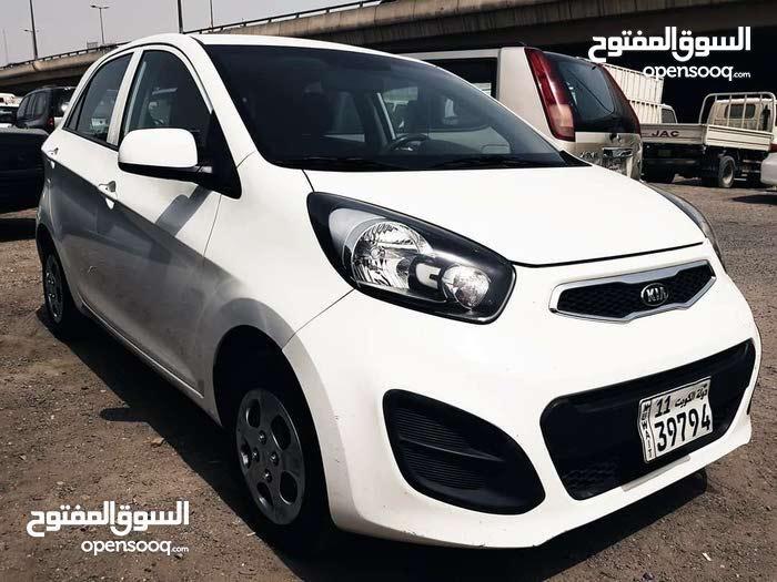 Automatic Kia 2015 for sale - Used - Farwaniya city