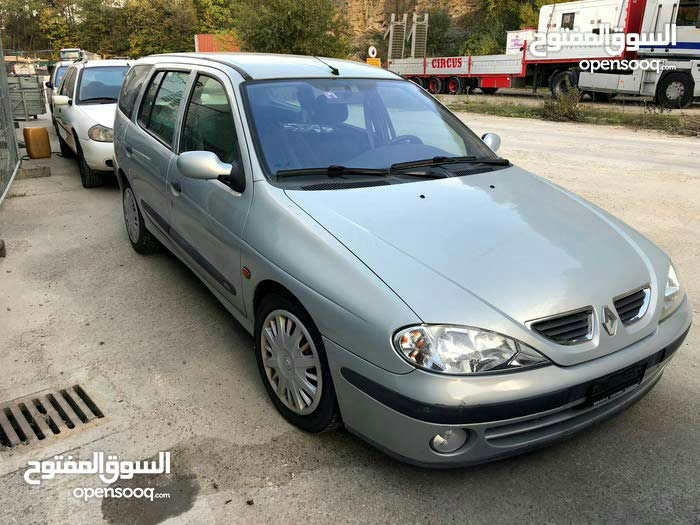 Renault Megane car for sale 2000 in Tripoli city