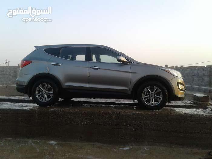 Hyundai Santa Fe 2014 For sale - Grey color