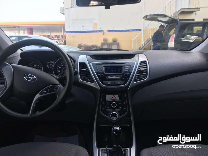 10,000 - 19,999 km Hyundai Elantra 2015 for sale