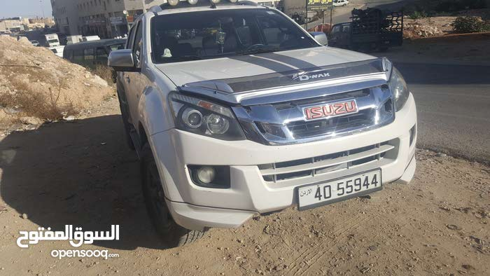 100,000 - 109,999 km Isuzu D-Max 2014 for sale