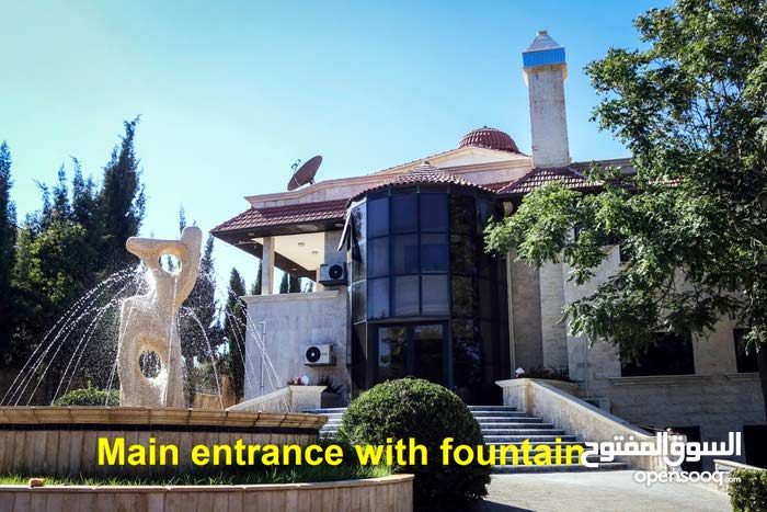 Villa consisting More Rooms and More than 4 Bathrooms is available for rent