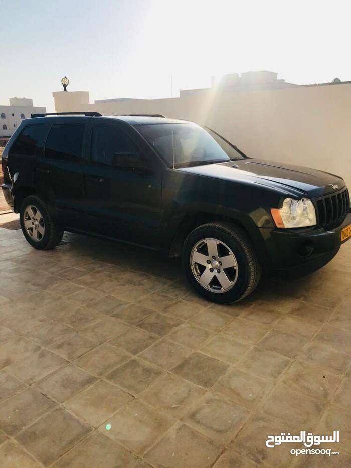 Jeep Grand Cherokee car for sale 2007 in Salala city