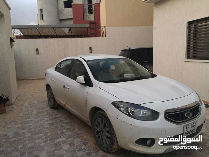 Used condition Samsung SM 3 2013 with  km mileage