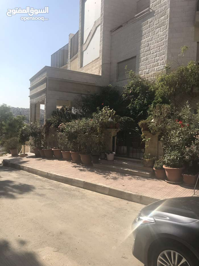 New Apartment of 151 sqm for sale Abdoun