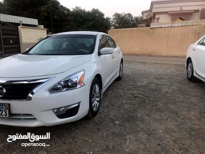 Available for sale!  km mileage Nissan Altima 2015