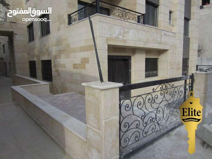 شقه شبه ارضي للبيع في الاردن - عمان - صويفية مساحة 144م