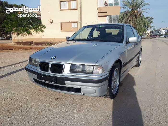 BMW316 بنغازي