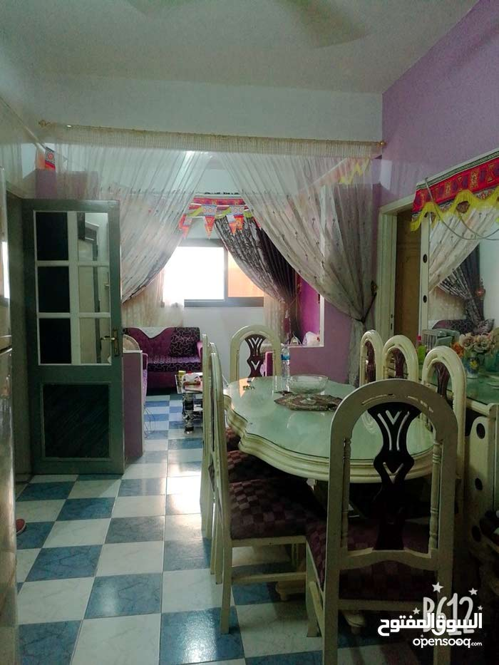 شقة مميزة للبيع بجديلة خلف مدرسة أبو النجا 95 م