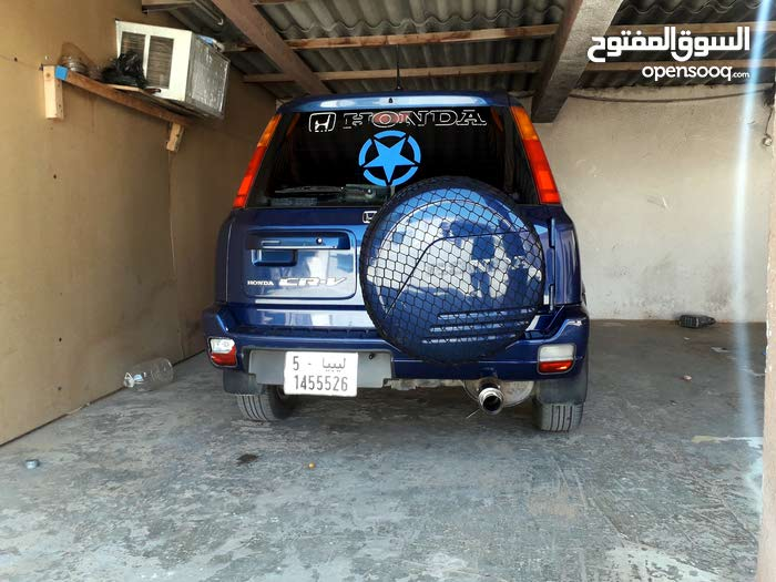 Used condition Honda CR-V 2001 with +200,000 km mileage
