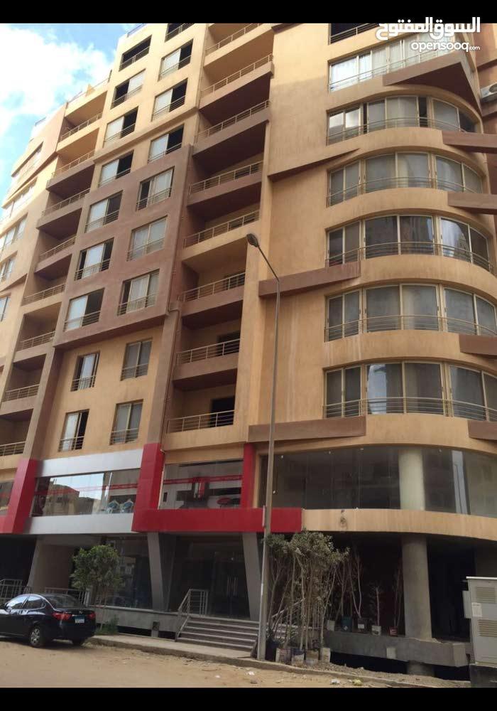 شقة مساحة 160 متر امام معمار المرشدى المعادى بىسعر مغرى